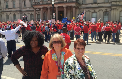 AFTNJ Joins Support Rally for Striking Verizon Workers