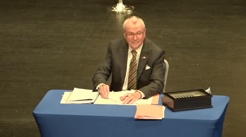 Murphy signs revised fiscal year 2021 budget